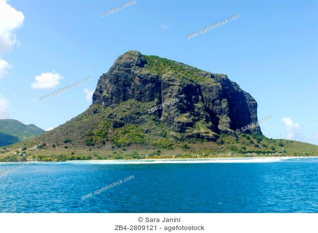 Le Morne Brabant (UNESCO World Heritate Site) behind, Mauritius, Indian Ocean, Africa