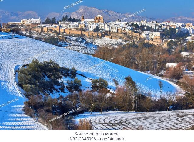 Ronda, Old city walls, Winter, Malaga province, Andalusia, Spain