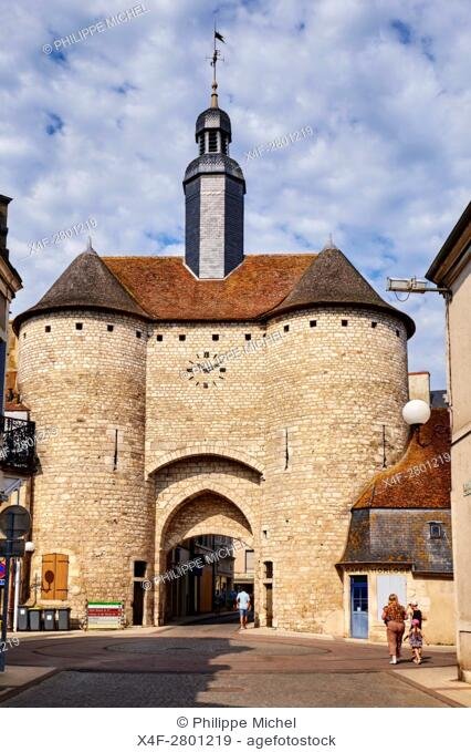 """France, Cher (18), Berry, Mehun-sur-Yèvre, approved """"""""the city and metiers of arts"""""""", Clock Gate, 14th century, the Jacques Coeur road,"""