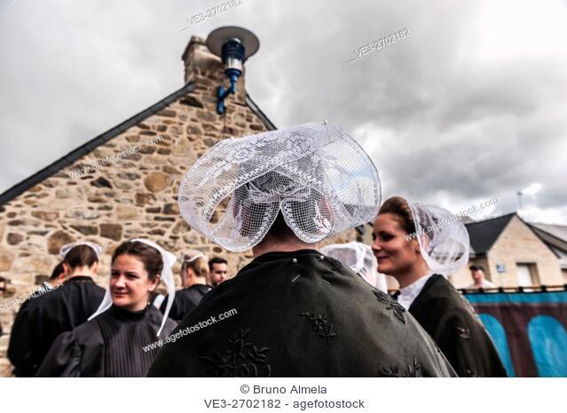 Breton traditional dress in Plomodiern festival (department of Finistère, region of Bretagne, France)
