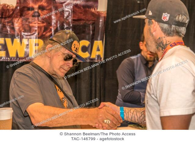 Peter Mayhew interacts with fans on June 24th 2017 at the Amazing Las Vegas Comic Con at the Las Vegas Convention Center in Las Vegas, NV