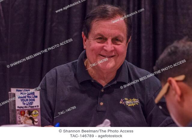 Burt Ward interacts with fans on June 24th 2017 at the Amazing Las Vegas Comic Con in the Las Vegas Convention Center, Las Vegas, NV