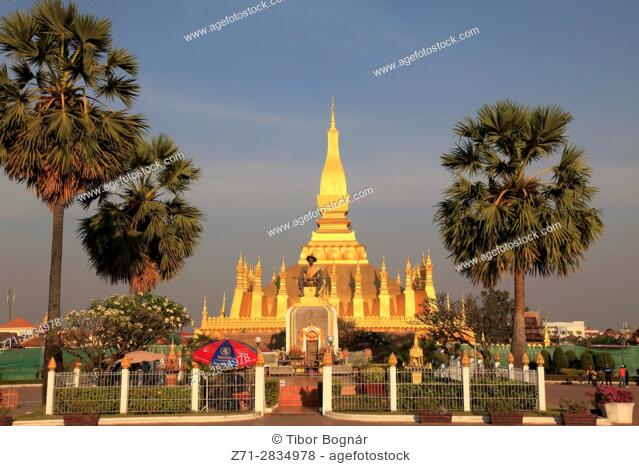 Laos, Vientiane, Pha That Luang, buddhist stupa, King Setthathirath statue,