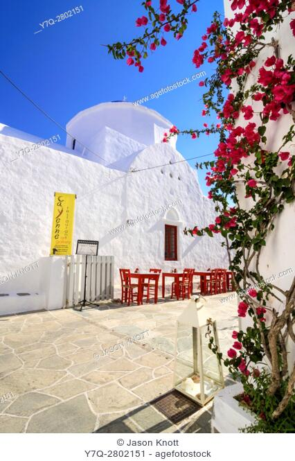 Whitewashed church and restaurant in Apollonia, Sifnos, Cyclades, Greece