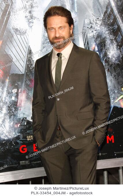 """Gerard Butler at the Premiere of Warner Bros' """"""""Geostorm"""""""" held at the TCL Chinese Theater in Hollywood, CA, October 16, 2017"""