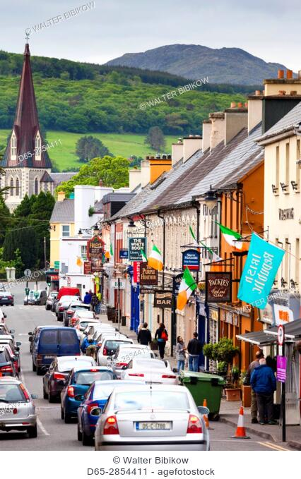 Ireland, County Kerry, Ring of Kerry, Kenmare, Henry Street