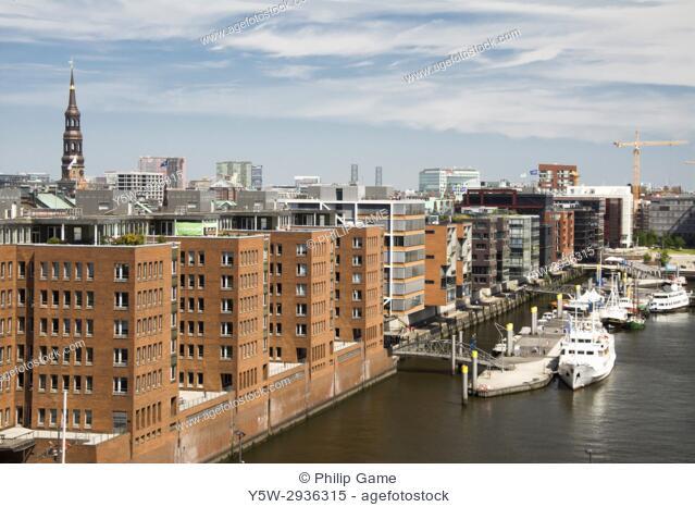 Waterside apartments on Sandtorhafen in the HafenCity quarter of Hamburg, Germany